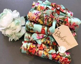 Sale Set of 9 Robes, Bridesmaid robes, Bridesmaid Gifts, Bridal robes set, Personalized Robe, Bridal party gifts, Floral Robe, Satin Robe