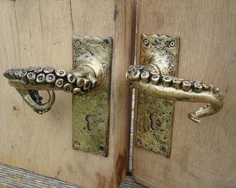 Octopus Arm door handles