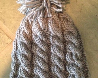 Cable knit hat( youth - small adult)