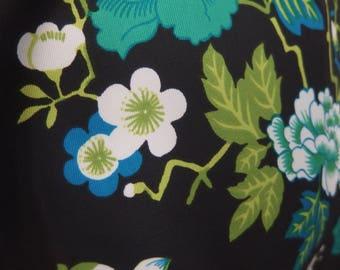 Size 14 Trapeze Dress. 1970 Vintage Fabric.