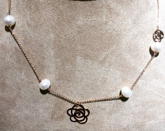 Rose Gold w/ Fresh Water Pearl Necklace