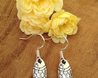 Fish charm dangle earrings