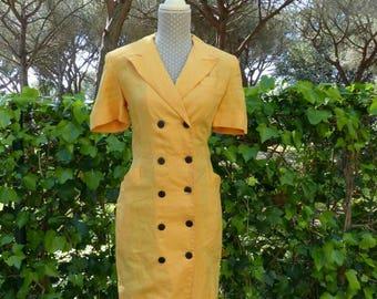 Yellow 1980s vintage linen dress. Yellow spring summer stewardess style dress.