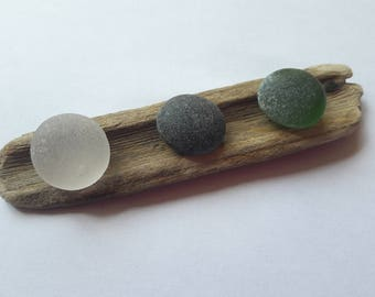 """Set of 3 small """"gems"""" of sea glass / Sea glass French"""
