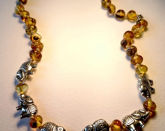 Natural Baltic Amber Teething Necklace for Children with Elephants