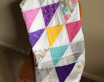 Baby Girl Quilt, Crib Quilt, Baby Girl Blanket, Baby Shower Gift, Crib Bedding, Triangle pattern
