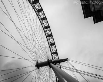 Digital B&W London Eye Photo