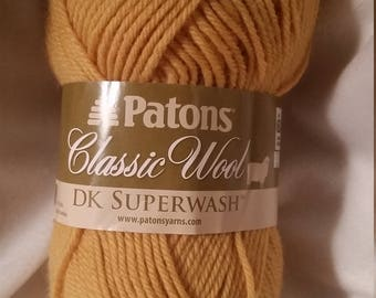Patons Classic Wool DK Superwash - Gold, Claret, Green