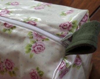 Bag oilcloth roses