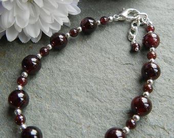 Red Garnet Bracelet, Garnet Gemstone Beaded Bracelet, Gift for Her, Anniversry, Birthday, january Birthstone