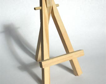 9x Minature wooden easels