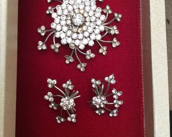Vintage Sixties Brooch and Earring Set