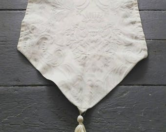 Long White Damask table runner. Vintage Damask Table Runner with tassels. 70 x 14 Inches. Heavy damask table linen.