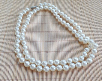 Vintage Pearl Necklace, Faux Pearl Necklace, Imitation Pearl Necklace, 30 Inch Strand, Opera Length, Vintage Pearls, Classic Jewelry