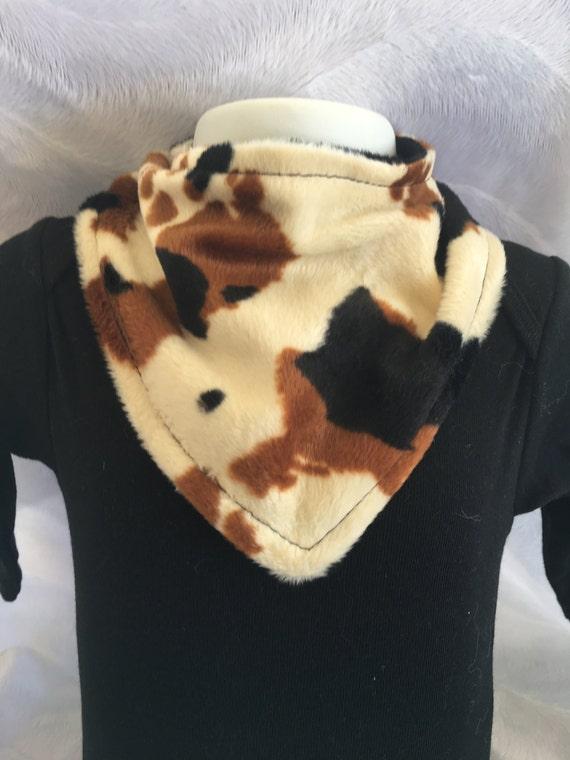 Western bandana cowgirl cowboy faux fur boutique baby bib