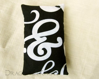 Pocket Tissue Holder - Black and White Ampersand Fabric Tissue Packet Cover - Purse Accessory, et, punctuation, typography, modern, travel