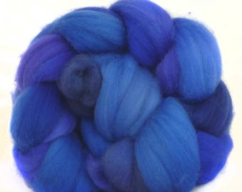 SUPERWASH MERINO roving top handdyed wool spinning fiber 3.5 oz