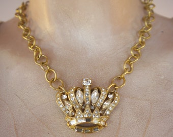 It's Good to Be Queen - Vintage Rhinestone Crown Brooch Goldtone Chains Recycled Repurposed Jewelry Necklace