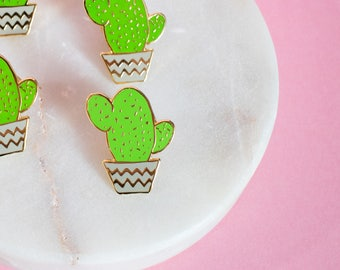 Cactus pin - enamel pin - lapel pin - succulent pin - plant pin - succulent gift - enamel jewellery - cactus gift - pin game - flair game
