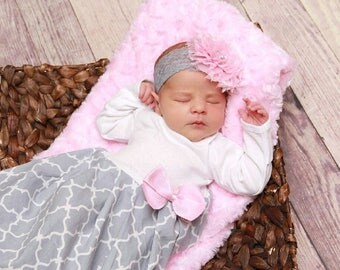 baby girl coming home outfit, newborn layette gown, Mother's day gift, trendy baby clothes, layette, baby girl clothes - pink, baby girl