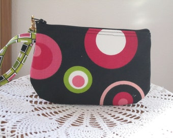 Wristlet Zipper Gadget Pouch Retro Circles in Black