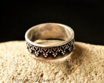 Crown ring - Sterling silver 925 band ring