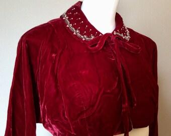 Darling Vintage 40's-50's Ruby Red Velvet Bolero Midriff Jacket Beadwork Collar Costume