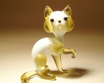 Handmade Blown Glass Art Figurine Animal White and Honey Cat with a Raised Paw