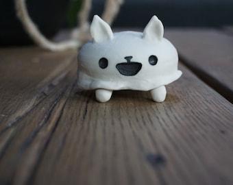 Porcelain Happy Ghost Cat Desk Pet