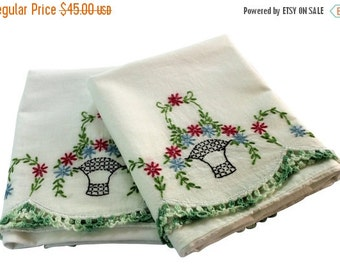 HOLIDAY SALE - Vintage Embroidery Pillow Cases - Flower Garland Pillowcases, Pair - Green Red Basket - Crochet Edge - Cotton - Full - Queen