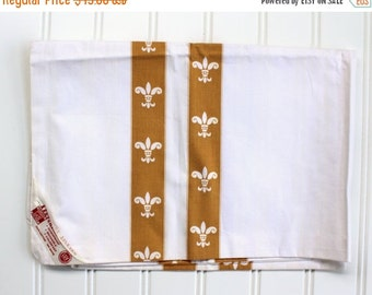 HOLIDAY SALE - Vintage Pillow Ticks - OGold Fleur di lis - New Old Stock - Unused, 1940s 1950s