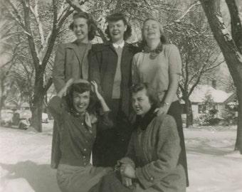 Vintage Photo 1950 Five Women Lipstick Bobbie Soxers