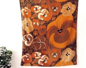 Vintage 1970s Fabric Panel, Large Mod Flowers, Sheet, Tablecloth, Browntones Brown Orvokit design Marjatta Metsovaara, Finland by Tampella