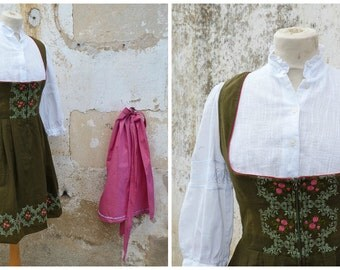 Vintage 1970/70s Tyrol Austria October fest dirndl dress embroidered + white cotton mini blouse & pink apron  /size S