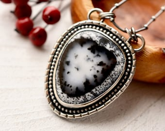 Dendritic Agate Necklace, Oval Agate Pendant, 925 Silver Necklace, Stone Pendant, Metalsmith Jewelry, Modern Rustic Metalwork, Artisan