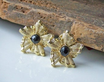 MARCH MADNESS SALE 1/2 Off Reduced  Vintage Gold Metal and Black Beaded Earrings-- Clip Ons, Etsy Jewelry, Jewelry, GIft, Vintage