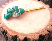 Viper Hairpin - repurposed vintage green jade glass gem cluster on gold hairpin - Free Shipping to USA