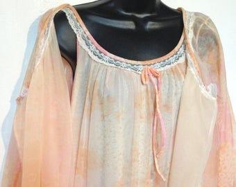 Vintage Pink Peignoir 60s Robe & Night gown Set Size L Miss Elaine