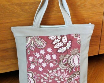 Lovely unique one-of-a-kind tote bag handbag of printed vinered linen with pink flower motive and light beige leather