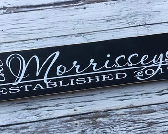 Family established sign | Family name wood s ign | Personalized Last Name & Established Date - Style FA1