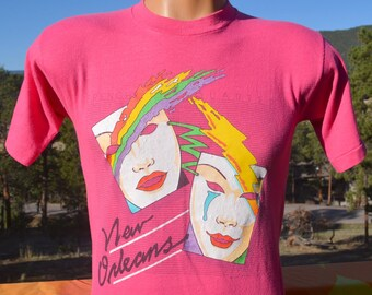 80s vintage tee NEW ORLEANS french quarter rainbow t-shirt Small Medium pink soft thin