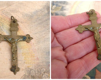 Vintage Antique 1930s old French  cross/Souvenir de Mission Religious /Christianity