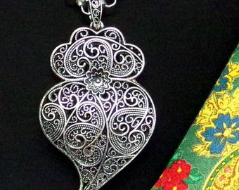 Portugal chubby silver filigree Heart of Viana necklace Folk