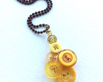 Summer Sale Honey Gold Yellow Vintage Button Pendant Necklace - Button Jewelry