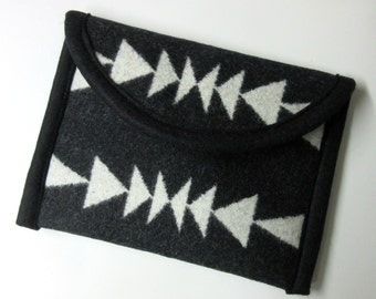 Kindle or Kindle Paperwhite Sleeve Cover Case Blanket Wool Pouch Padded Native American Print