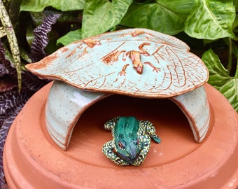 Ceramic Toad Abode Frog House For Green Gardening, Three Frogs on a Garden Leaf Green and Rust, Unique Garden Art Pottery, Garden Decor
