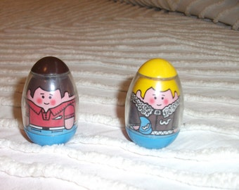 Vintage Hasbro Weebles Figures Toy 1973 Boy with Brown hair and yellow hair