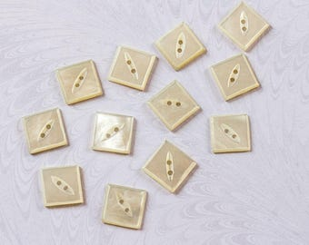 Six Vintage Square Mother of Pearl Natural White Shell Buttons 1.5cmx1.5 cm  ,Fish Mouth 2 Hole Art Deco Buttons, ca 1930s.FREE UK Postage