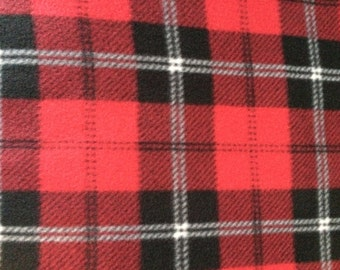 Fleece Red and Black Plaid Blanket