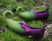 Ready to ship- size 39 US8  fairy shoes  felted slippers  last minute gift